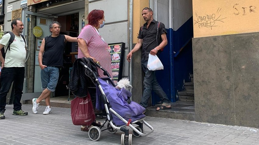 El gasto en consumo final de los hogares experimenta un decrecimiento interanual del 25,7%