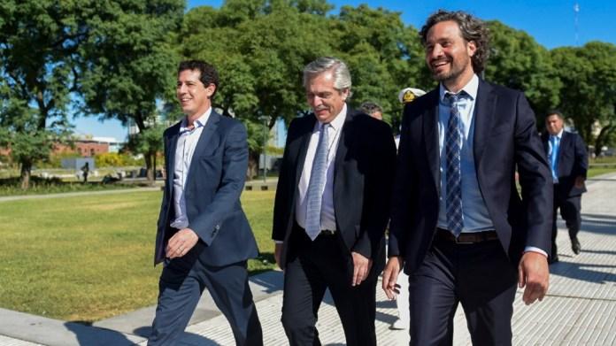 """Al anunciar las 60 medidas, Fernández apuntó al horizonte de """"construir un futuro más definido"""""""