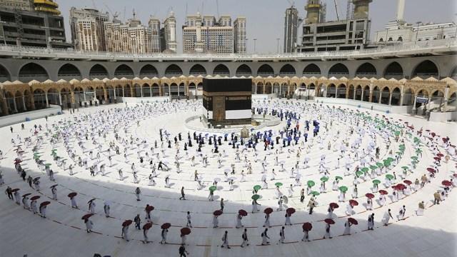 Unas 60.000 personas están autorizadas a rezar cada día en la Gran Mezquita de La Meca.