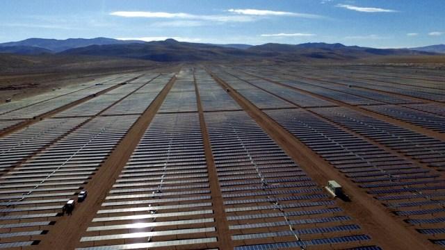 El Parque Solar Cauchari, en la puna jujeña, es el mayor de Latinoamérica con una potencia de 300 Mw.