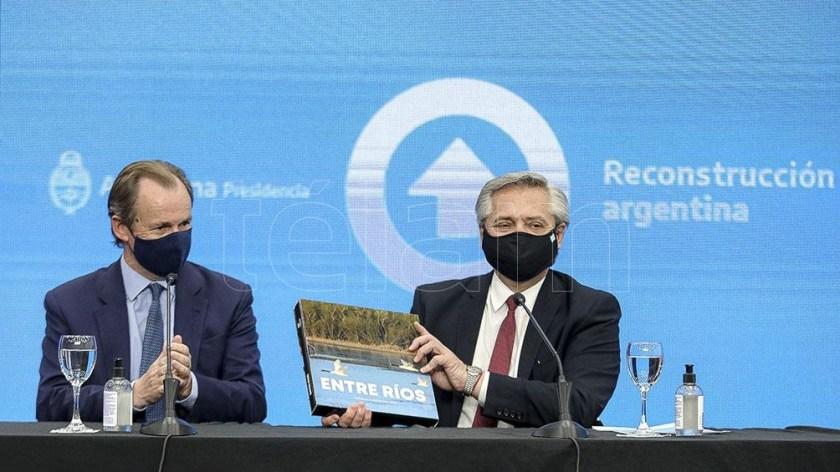 El Presidente estuvo acompañado en su recorrida por el gobernador Gustavo Bordet.