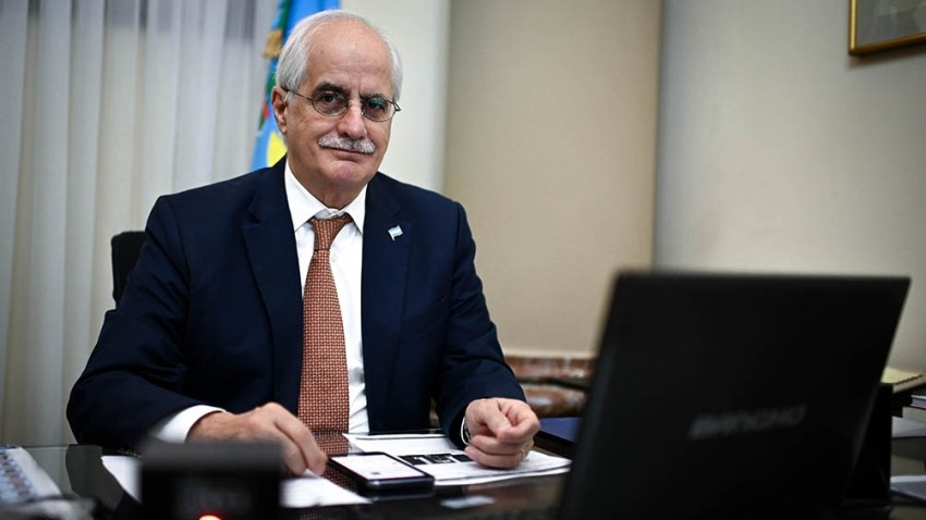 Jorge Taiana, presidente de la Comisión de Relaciones Exteriores del Senado de la Nación.