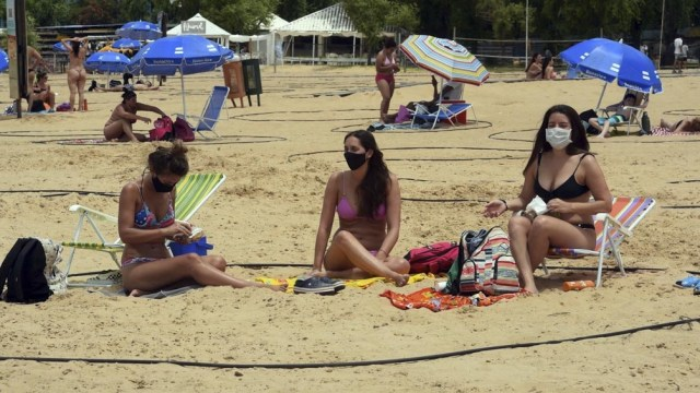 Las playas se habilitaron desde la 8 de la mañana.