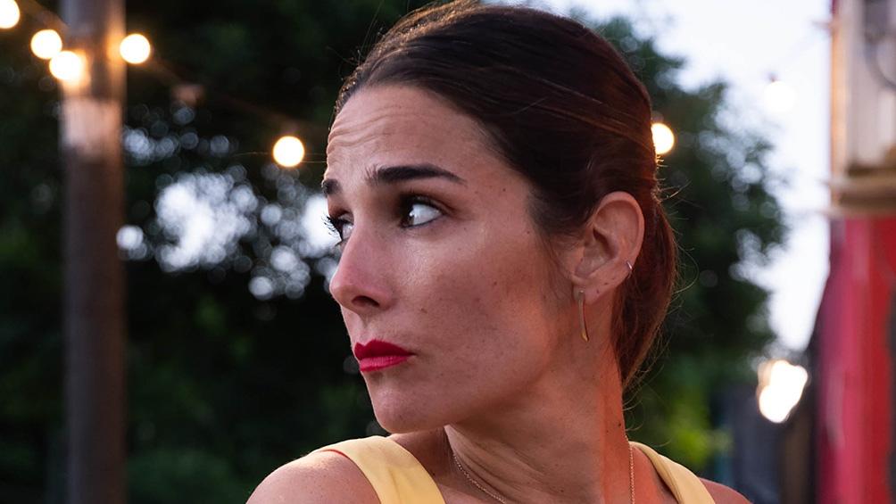 """""""La noche de Mirtha Legrand"""", con Juana Viale compite los sábados con """"Podemos hablar"""", de Andy Kusnetzoff."""
