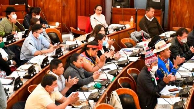"""El decreto fue aprobado el viernes por la Asamblea Legislativa boliviana, y desató una ola de indignación por beneficiar a los """"perseguidos"""" durante el golpe de Estado de 2019."""