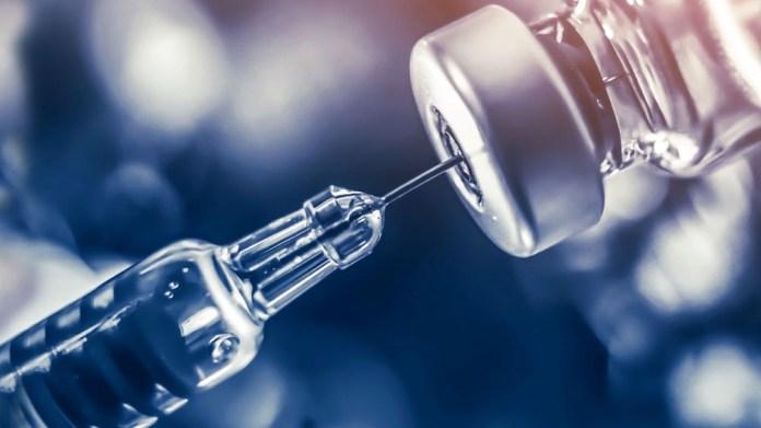 Las dosis de Pfizer se sumarán a las de Moderna para su aplicación a menores de entre 12 y 17 años.