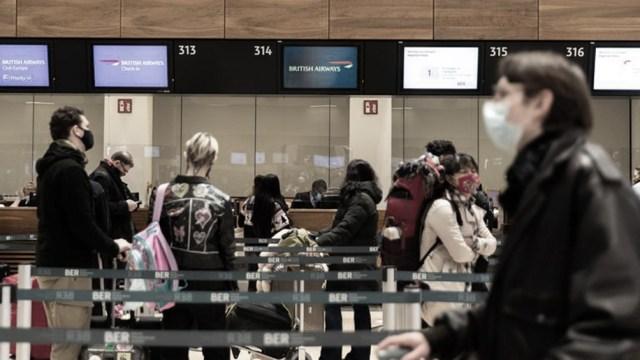 Actualmente sólo están permitidos los viajes esenciales, ya sean por motivos de trabajo o salud, entre otros.