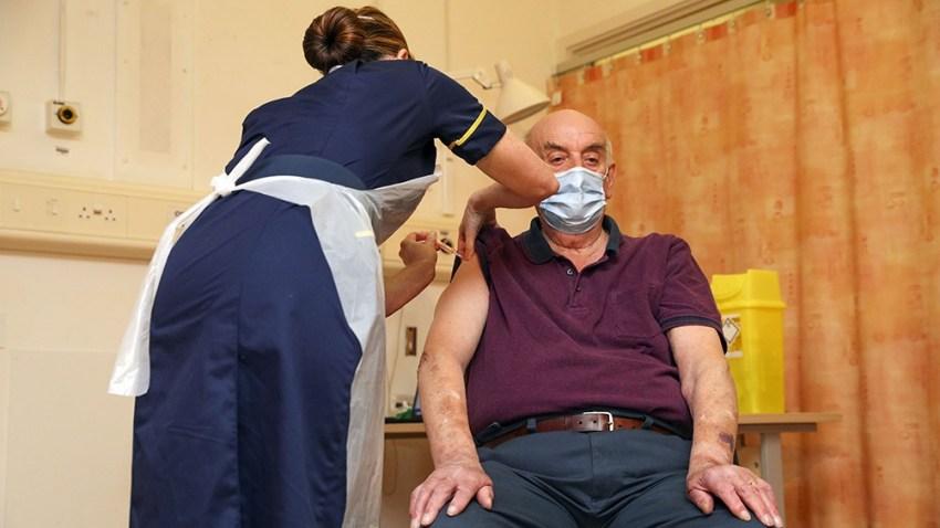 En Reino Unido, más de 35 millones de personas recibieron una primera dosis y casi 18 millones ya están inmunizadas con la segunda.