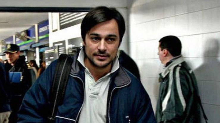 Juan Buzalli detenido, acusado de homicidio en grado de tentativa contra dos jóvenes.