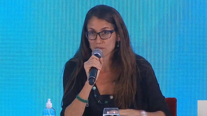 La ministra de las Mujeres Elizabeth Gómez Alcorta recordó que la vigencia de la norma es inmediata.