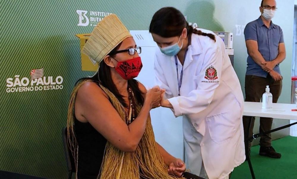 Continúa la vacunación en Brasil
