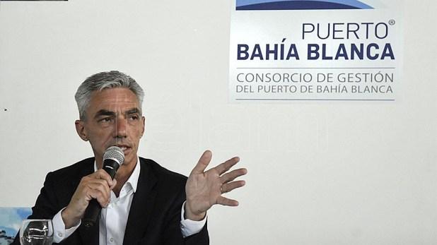 """Mario Meoni: """"el objetivo es disminuir las posibilidades de ingreso de las nuevas cepas al país"""""""