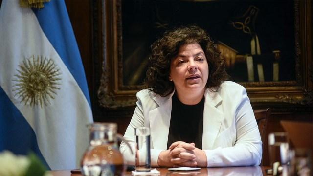 La ministra VIzzotti admitió la posibilidad de postergar la aplicación de la segunda dosis de las vacunas, como han hecho varios países.