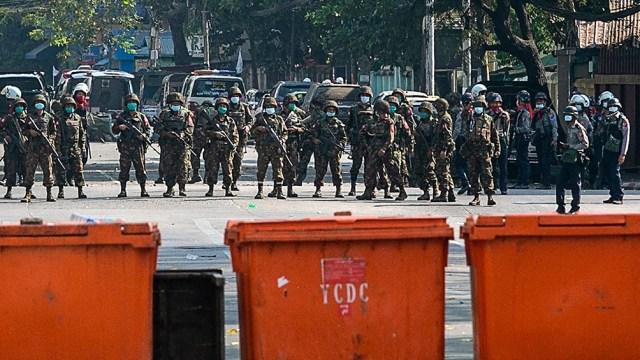 Protestas y huelgas prodemocracia sacuden el país