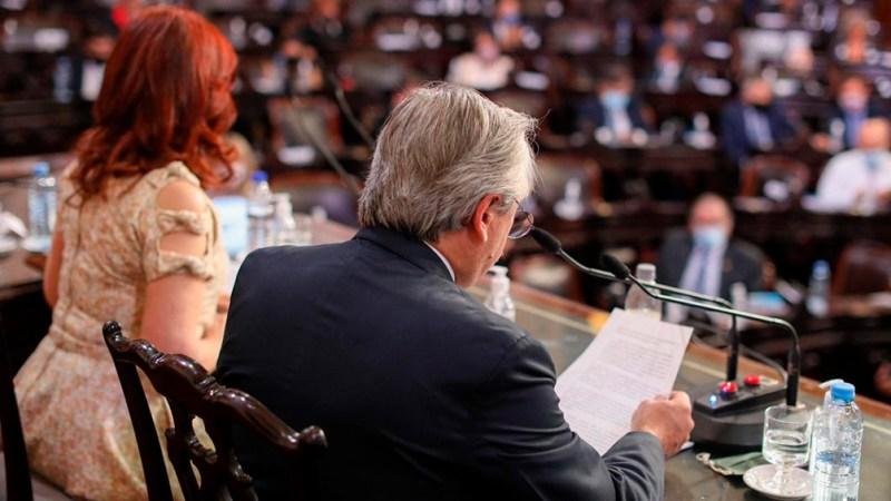Fernández le pidió a diputados y senadores que aceleren la sanción del proyecto de reforma al impuesto a las Ganancias.