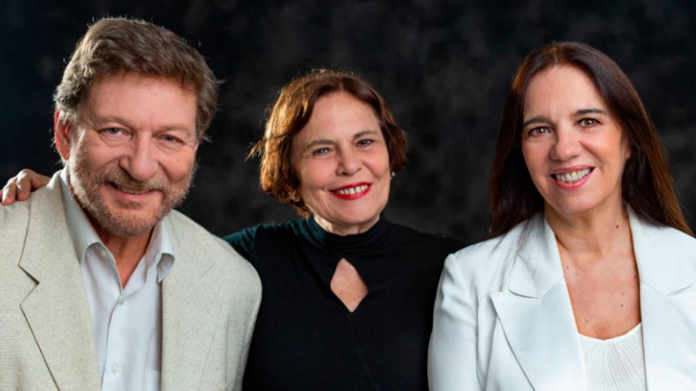 Omar Núñez, Leonor Manso, directora, e Ingrid Pelicori los responsables de la puesta.