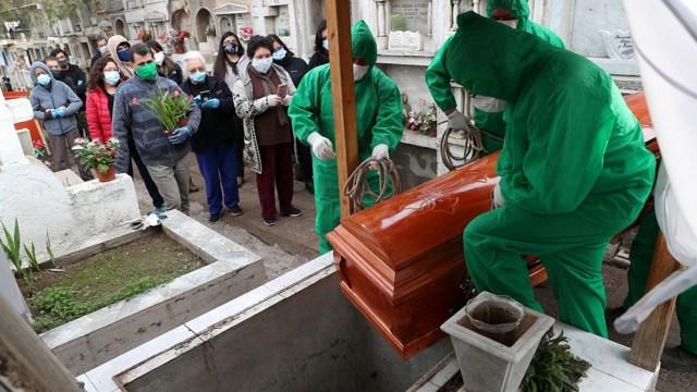 En Chile 14 millones de personas vuelven a los confinamientos por el aumento de casos y muertes.