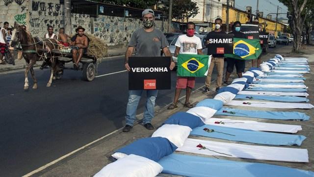 Calculan que los decesos en Brasil podrían llegar a los 400.000.