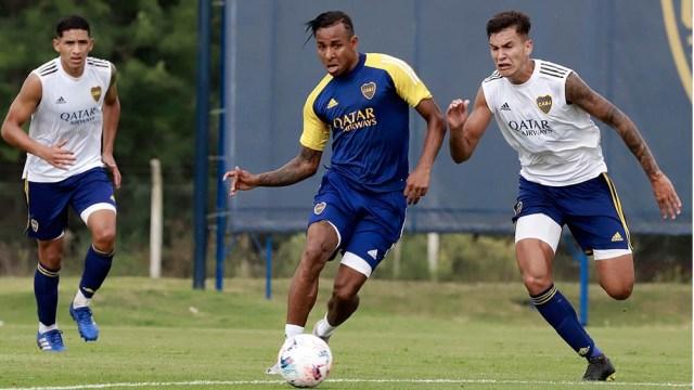 Boca tiene previsto regresar al esquema de tres/cinco defensores que le dio buen resultado en el superclásico