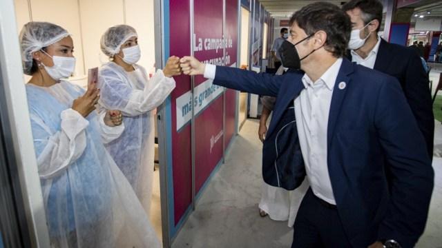 Provincia de Buenos desarrolla un intenso programa de vacunación.