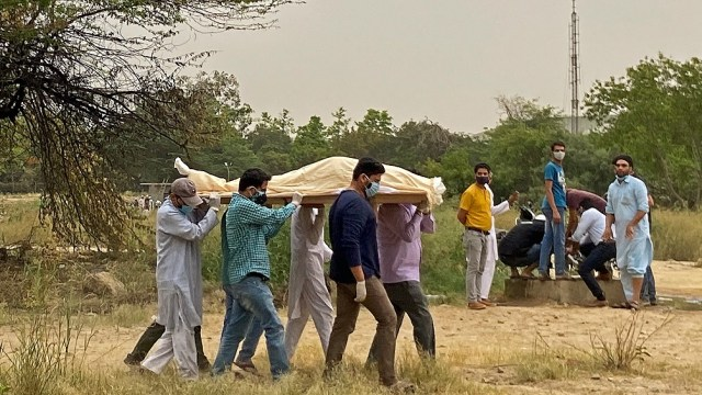 En India, el Covid sigue imparable