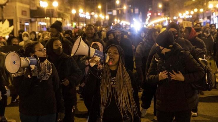 Hubo manifestaciones en Ohio contra la violencia policial y el racismo.