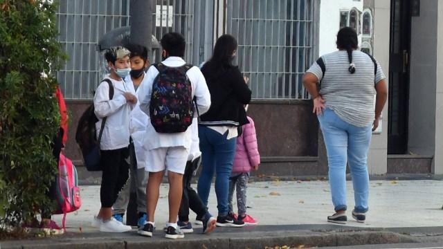 El 52 por ciento de los padres considera que el distanciamiento social no afectó la continuidad escolar de sus hijos.