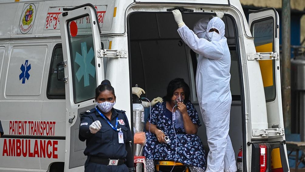 India sigue con récord mundial de contagios diarios