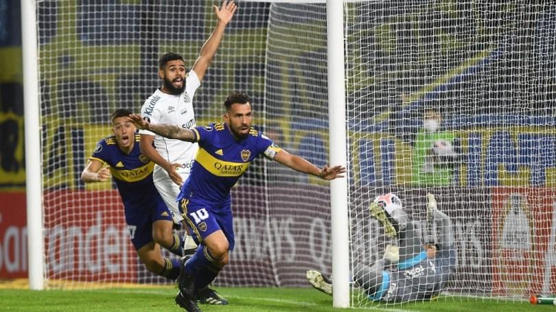 Tevez abrió el marcador para Boca.
