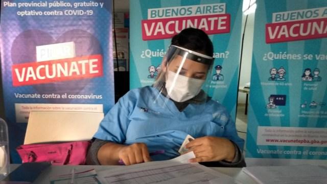 El jueves fueron inmunizadas 33.017 personas en la provincia de Buenos Aires.
