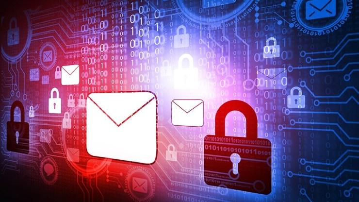 La mayor seguridad de una clave la da el hecho de que no contenga datos personales (Foto 123RF).