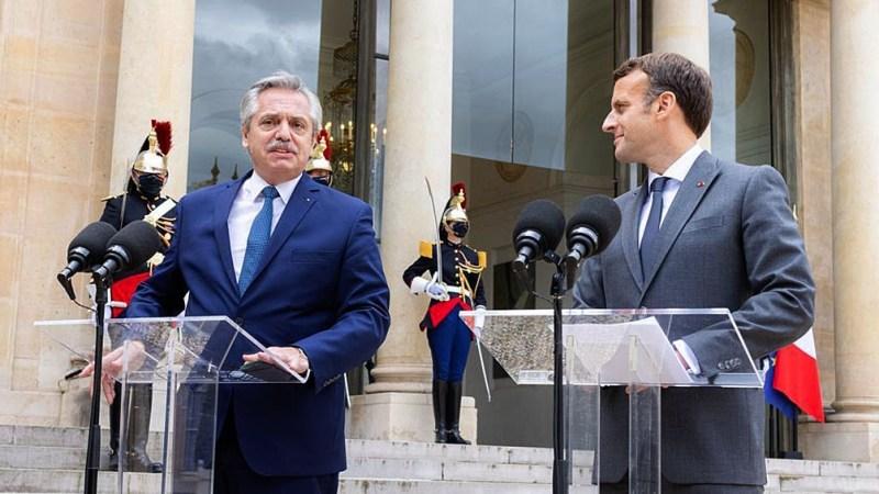 """Fernández logró un fuerte apoyo de Macron para la Argentina: """"Francia está de su lado""""."""