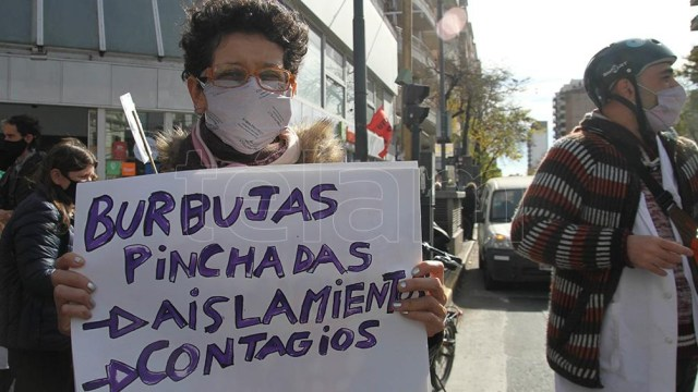 Una de las protestas de los gremios docentes porteños contra la presencialidad.