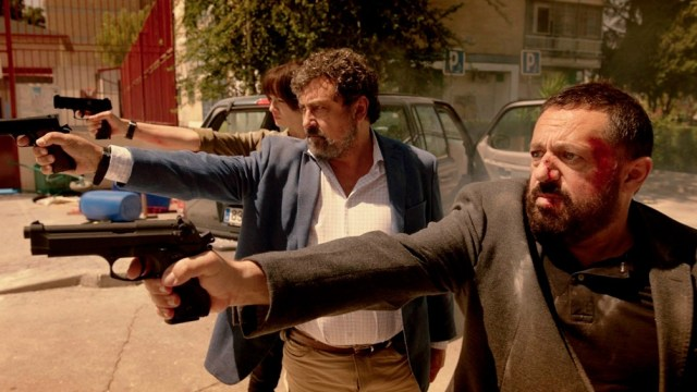 En un barrio madrileño, acompañado por Pepón Nieto, como Mariano Moreno