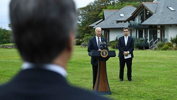 El momento en el que Joe Biden anunció la donación de vacunas que hará Estados Unidos.
