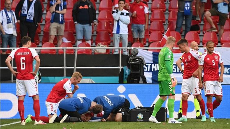 El partido Finlandia vs Dinamarca se suspendió luego del desvanecimiento de Eriksen.
