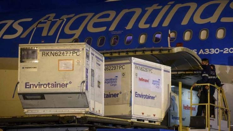 """""""La Argentina contará con una enorme cantidad de nuevas dosis"""", celebró Ceriani."""