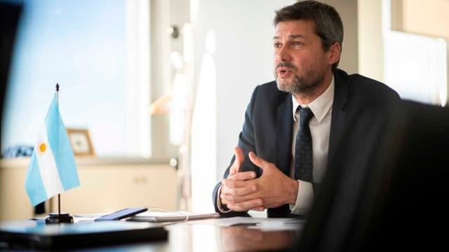 Lammens mantendrá una reunión con la ministra Vizzotti para analizar la vuelta del público a las canchas.
