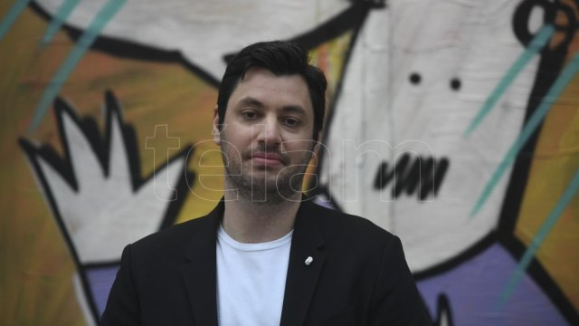 "Leandro Illia, periodista deportivo, se define como radical pero no ""radical M ni radical K"". (Foto: Fernando Gens/Télam)."