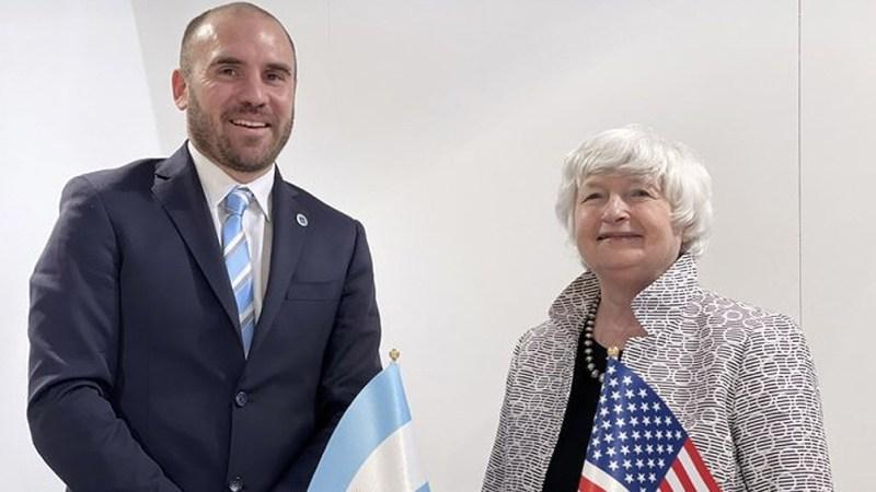 El ministro de Economía, Martín Guzmán, se reunió de manera bilateral con la secretaria del Tesoro de Estados Unidos, Janet Yellen, en Venecia.