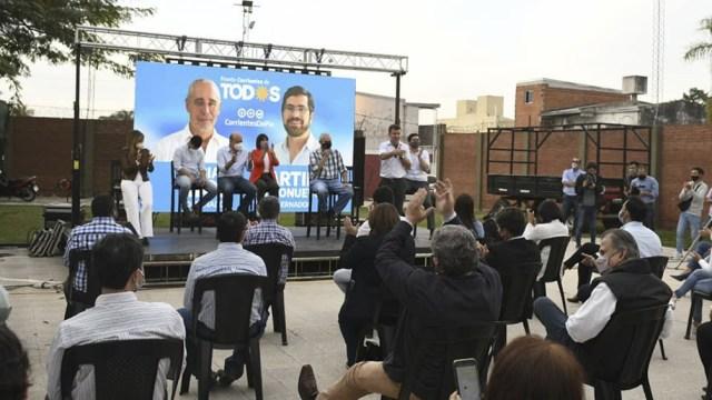 El acto reunió a los integrantes de las fórmulas para la gobernación, la municipalidad capitalina; los candidatos a diputados y senadores provinciales