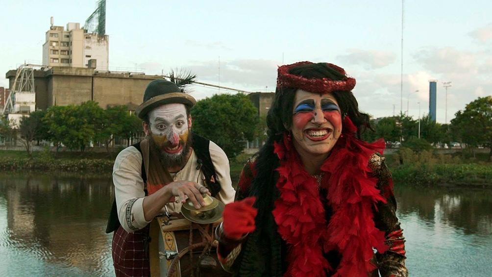 """""""Bufones de la risastancia"""", la propuesta de Patricio Escobar acerca de personajes singulares."""