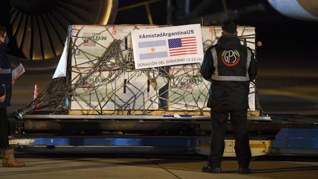 Dos aviones de Aerolíneas Argentinas llegaron este viernes al país con una carga de 3,5 millones de vacunas.