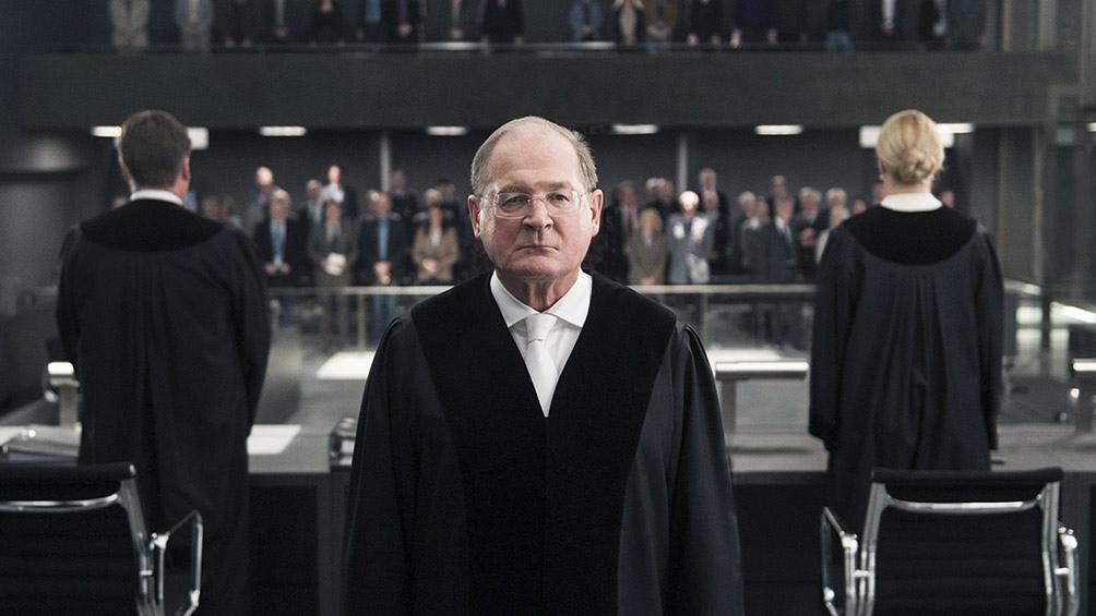 """""""El veredicto"""" es un filme dramático alemán de 2016 centrado en el juicio a un militar."""
