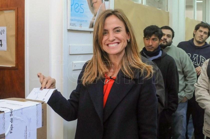 El FdT, que en PBA lleva como primeros candidatos a Victoria Tolosa Paz y Daniel Gollan.