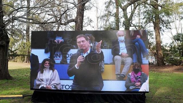 """Santilli: """"Yo voy a la provincia para afrontar las competencias más difíciles, más complicadas"""". (foto Eva Cabrera)"""
