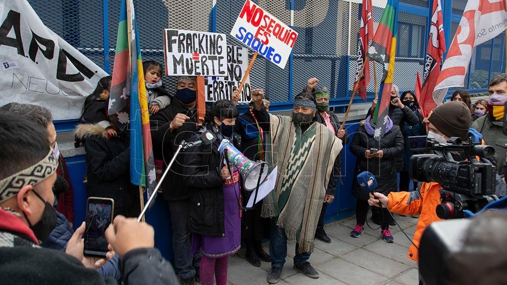 """""""El operativo de Bullrich tenía la clara intención de reprimir la lucha mapuche por nuestro territorio, contra la contaminación de las petroleras y el fracking"""", señalaron desde la Confederación."""