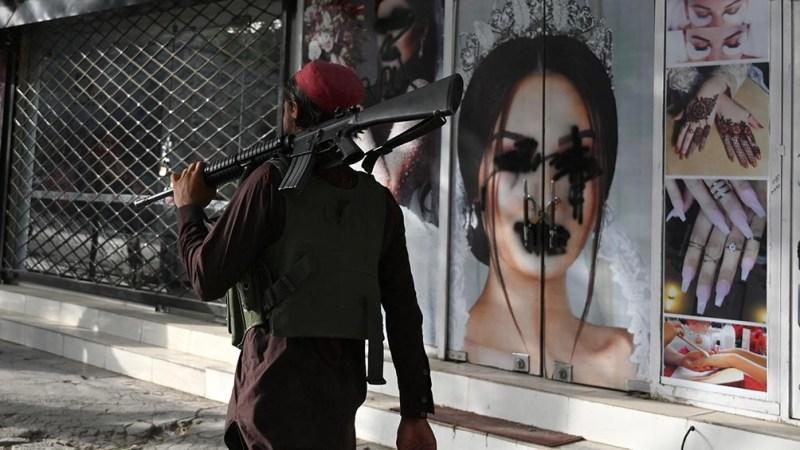 La toma del poder de los talibanes amenaza con agravar una crisis humanitaria que existía previamente (Foto AFP).