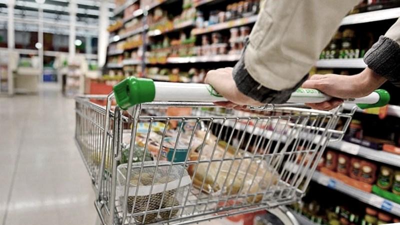 Tras el desplome del sector en 2020, el consumo en centros comerciales y supermercados viene mostrando un sostenido crecimiento.