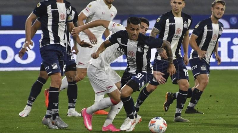 Talleres y Platense animan uno de los duelos de este martes en la Liga Profesional de Fútbol. Foto: Lescano Laura - archivo